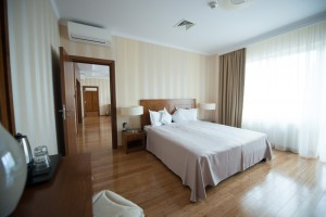 hotel-mercur-apartament-prezidential-1
